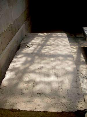 Les tombes templi res lign en charente templum aeternum - Dalle de liege ...